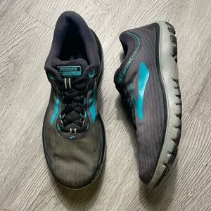 Brooks Running Pure Flow 7 Med B Running Shoe 8.5